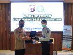 Kantor Imigrasi Kelas I TPI Balikpapan menyelenggarakan Layanan Eazy Passport di Ruang Rupatama Markas Kepolisian Daerah Kalimantan Timur (Mapolda Kaltim) pada Jumat (16/4/2021).BorneoFlash.com/Muhammad Eko.