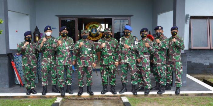Foto Bersama Jajaran Kodam VI Mulawarman dan Lanal Balikpapan. Foto : HO.