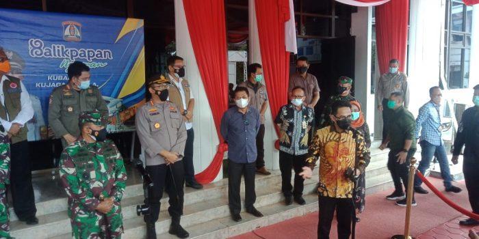 Wali Kota Balikpapan Rahmad Mas'ud Pasca menyampaikan rilis perkembangan Covid-19 Balikpapan, di halaman Pemkot Balikpapan Jumat (9/7/2021). Foto : BorneoFlash.com/Muhammad Eko.