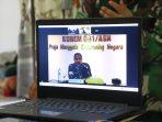 Pangdam VI/Mlw Mayjen TNI Heri Wiranto, S.E., M.M., M.Tr. (Han) bersama para pejabat Kodam VI/Mlw melaksanakan anjangsana kepada Warakawuri di wilayah Kota Balikpapan melalui Video Conference, Selasa (13/7/2021). Foto : HO.