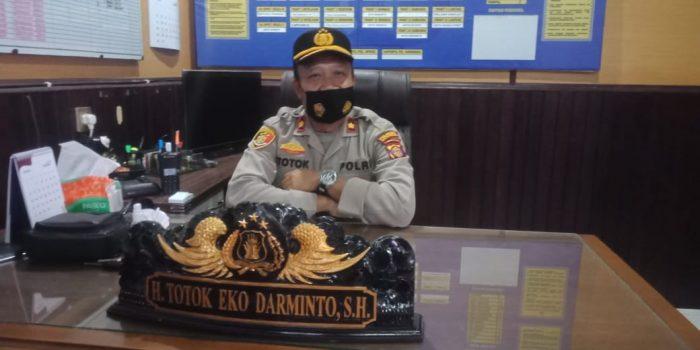 Kapolsek Balikpapan Barat, Kompol Totok Eko Darminto. Foto : BorneoFlash.com/Muhammad Eko.