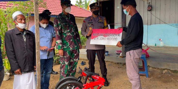 Penyerahan Bantuan Sepeda