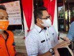 Penyaluran Bantuan Dibuka Secara Simbolis Oleh Wali Kota Balikpapan Rahmad Mas'ud, bekerjasama dengan kantor Pos Balikpapan yang akan menyalurkan bantuan langsung kepada masyarakat yang terdampak PPKM, Rabu (28/7/2021). Foto : BorneoFlash.com/Muhammad Eko.