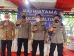 Ditlantas Polda Kalimantan Timur bersama alumni Akpol tahun 1995 melangsungkan vaksinasi massal dan bakti sosial di Lapangan SPN Polda Kalimantan Timur, Jumat (3/9/2021).
