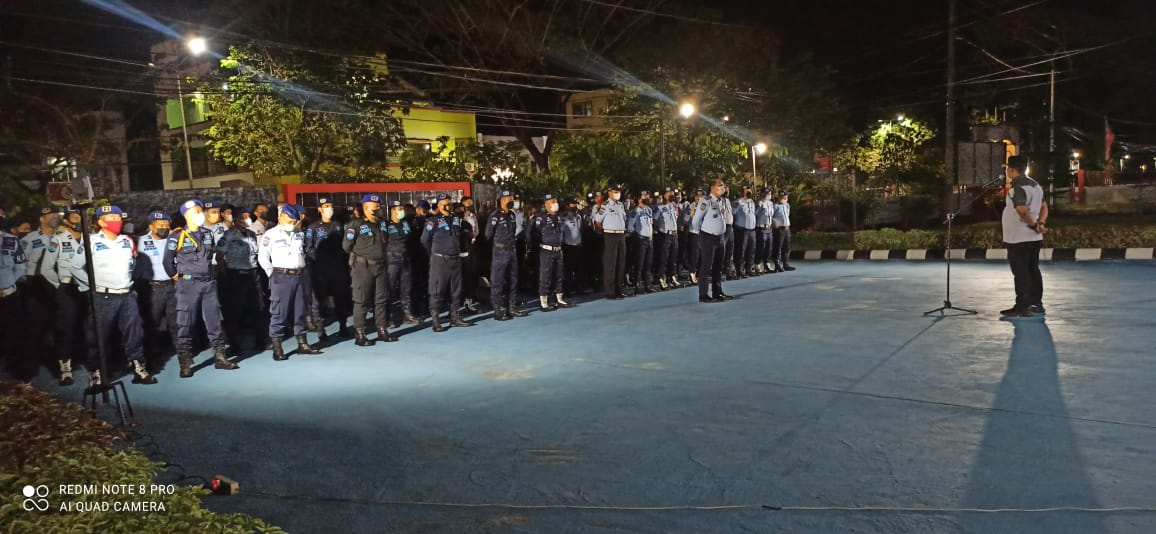 Dalam Menindaklanjuti Instruksi Direktur Jenderal Pemasyarakatan, terkait aksi Zero handphone di Lapas Rutan seluruh indonesia, Lapas Balikpapan Razia kamar hunian serentak, pada Selasa (21/9/2021) malam.