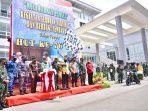 Merayakan hari jadi ke-76 TNI, Kodam VI/Mulawarman bersama Universitas Mulawarman (Unmul) serta Universitas 17 Agustus melaksanakan serbuan vaksinasi Covid-19 secara massal. Foto : HO.